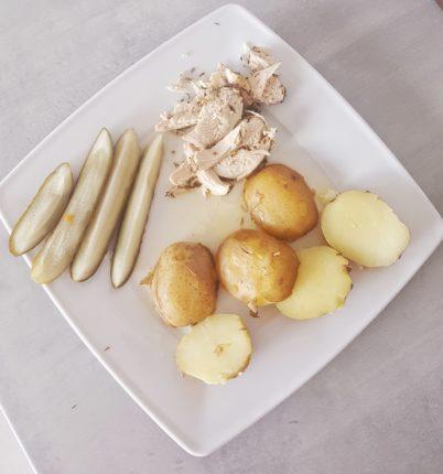 Kurczak z młodymi ziemniaczkami